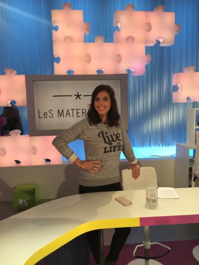 Carole Tolila les maternelles sweat shirt live is life